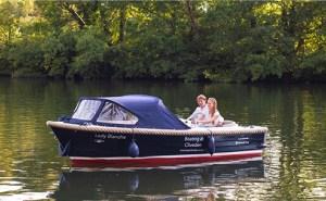 electric-boat-awards-corsive-520