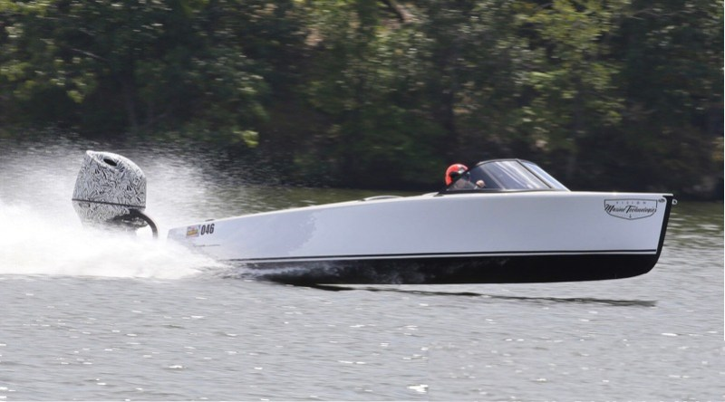 Electric boat speed record being set by Vision Marine Technology Bruce 22 boat