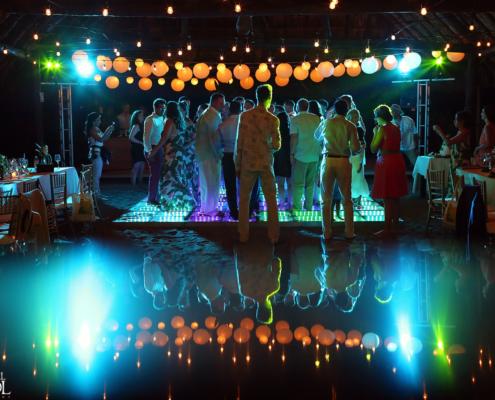 ambient lighting riviera maya weddings plug in audiovisual