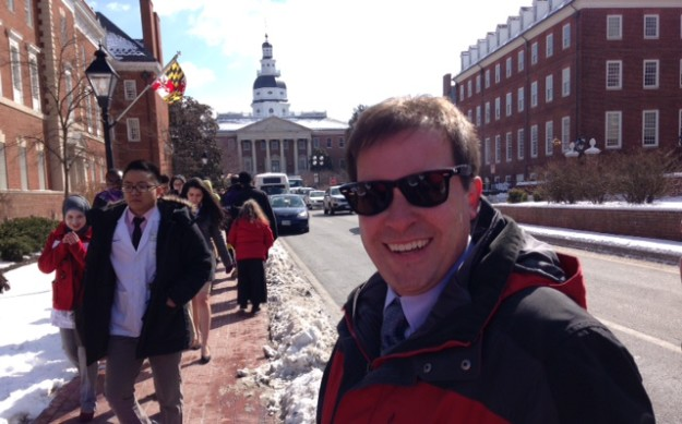 Jeff Cadman arrives in Annapolis to support bill to allow Tesla to sell electric cars in Maryland.