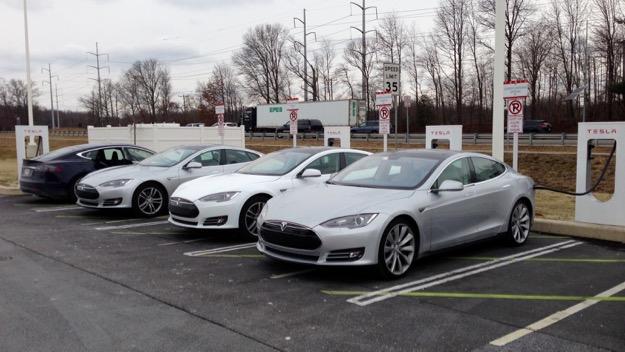 Newark, DE Tesla Supercharger 2013