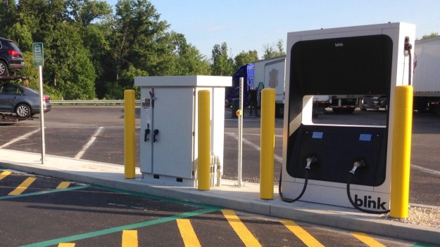 Cost Of Charging Electric Car At Services