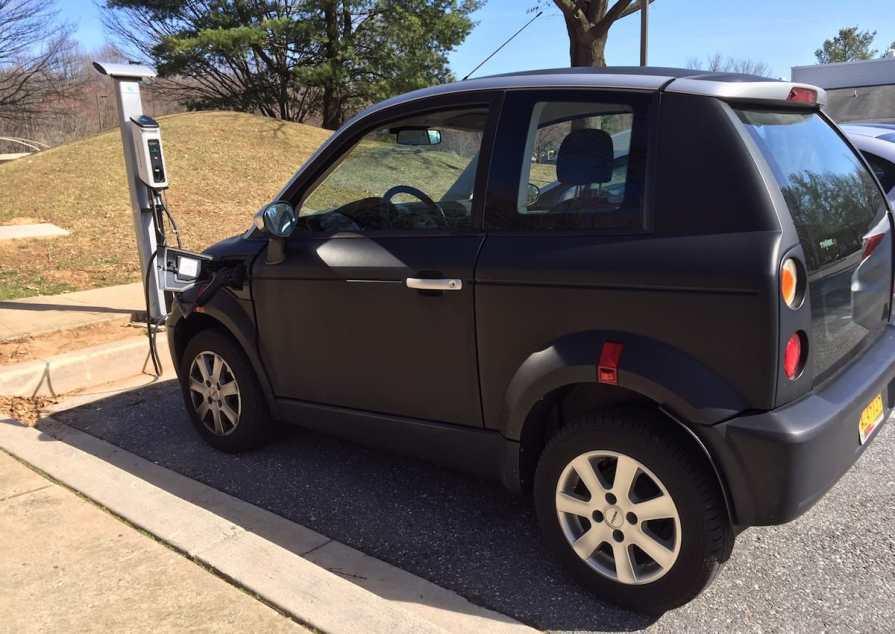 Hawthorn Center EV Charging