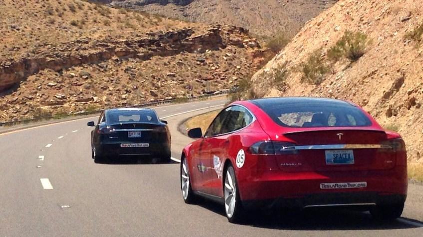 Tesla Road Trip convoy