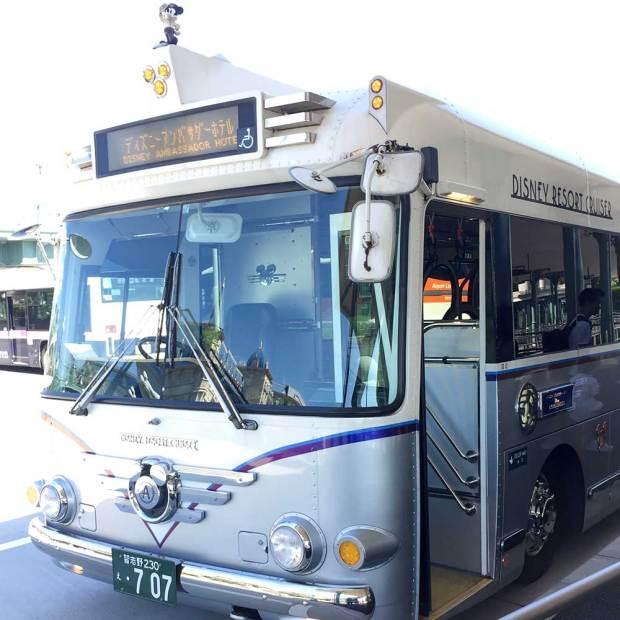アンバサダーホテルへの送迎バス
