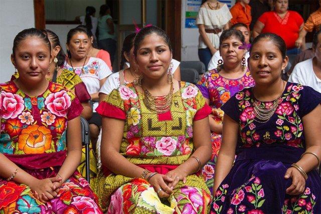 interpretes-indigenas