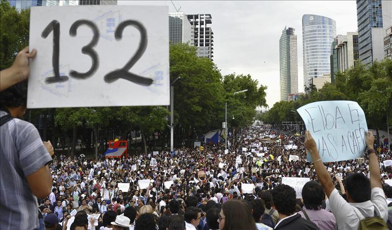 YoSoy132 protesta