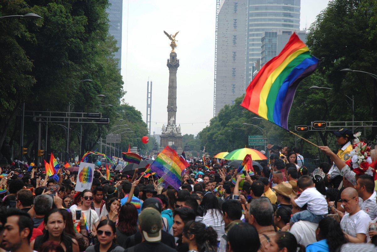 marcha carnaval acto político contra fobias discriminación