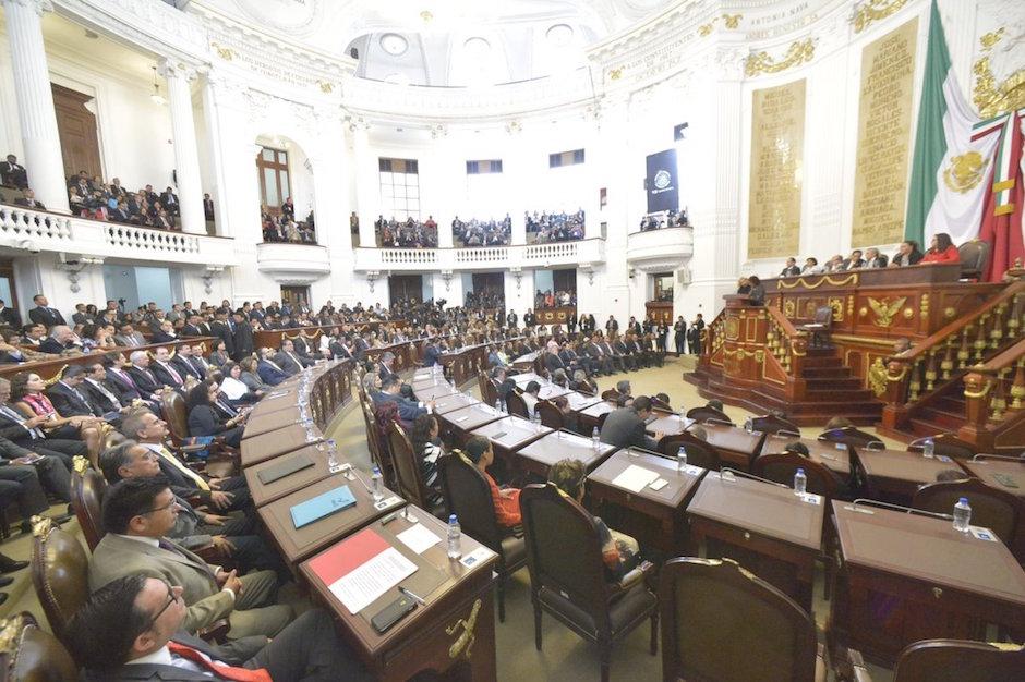 Asamblea Legistativa CDMX cobra 25 mil pesos por trámites