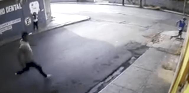 Sujetos persiguen a ladrón después de un intento de robo