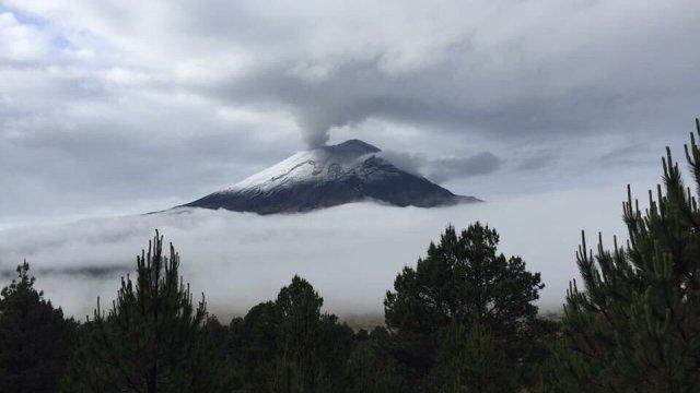 El Popo podría estar conectado con nacimiento de volcán en Michoacán.