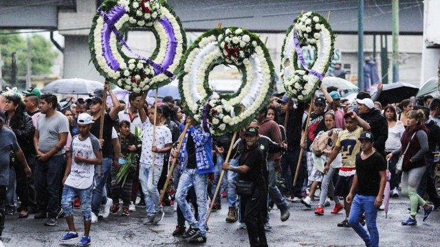 Detienen a 7 en funeral de El Ojos en Tláhuac.