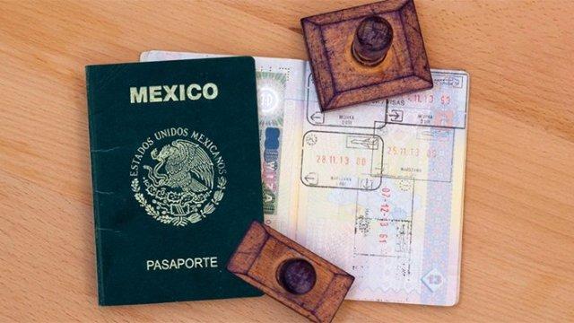 Le roban a la SRE 200 pasaportes en blanco
