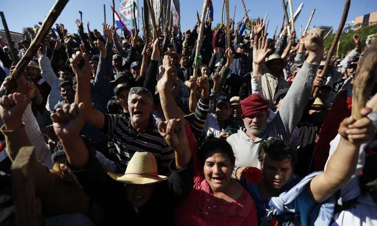 Paraguay, campesinos, protestan, vetó, ley, agricultura