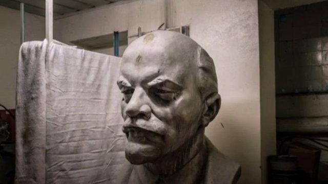 Ucrania retira a Lenin