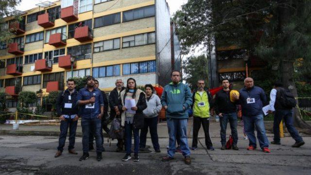 Damnificados de Multifamiliar Tlalpan acusan desalojo