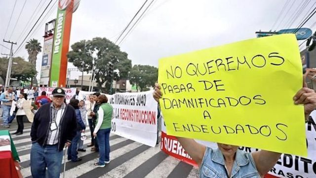 damnificados protestas ante asamblea legislativa por ley reconstrucción