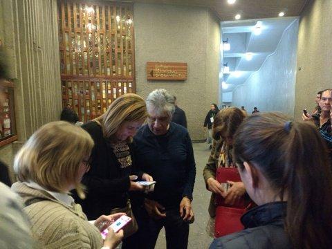 Zavala reúne firmas en la Basílica porque quiere el milagrito