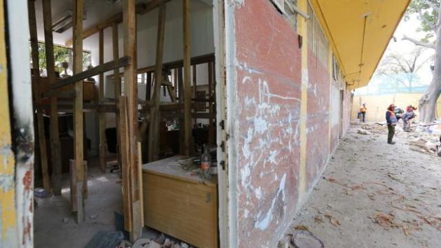 los vecinos del multifamiliar frenan demolición