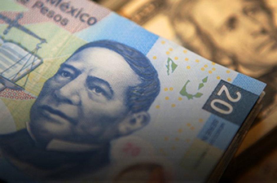 reforma fiscal EU tunde al peso frente al dólar