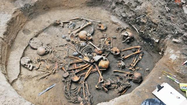 Encuentran entierro de mas de 2 milenios de antigüedad en Tlalpan