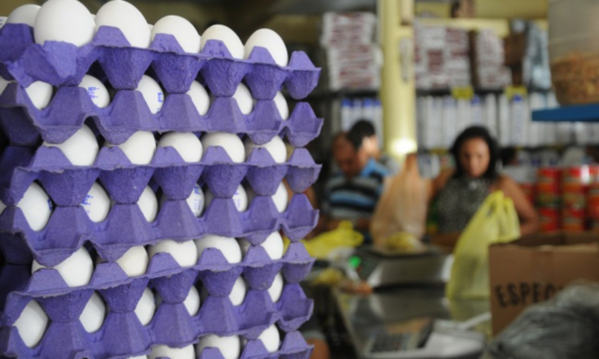 Ahora el huevo sube de precio tres y cuatro pesos por kilo