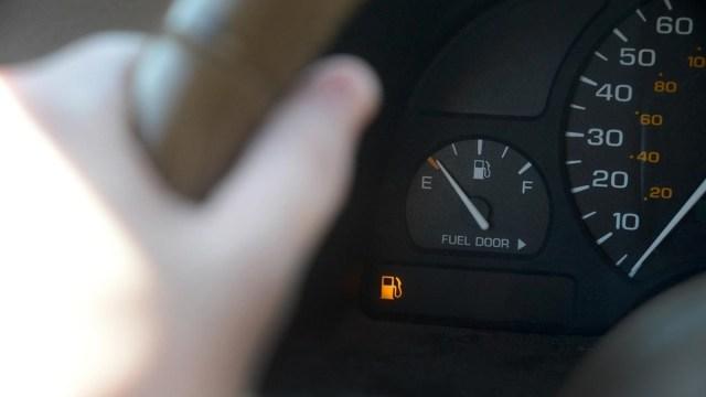 Autos que ahorran más gasolina, contaminan menos y no descuartizan tu cartera