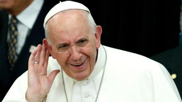 Papa pide 'perdón' por abusos sexuales de sacerdotes en Chile