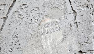 Restauran sin permiso del INAH monumentos en Reforma