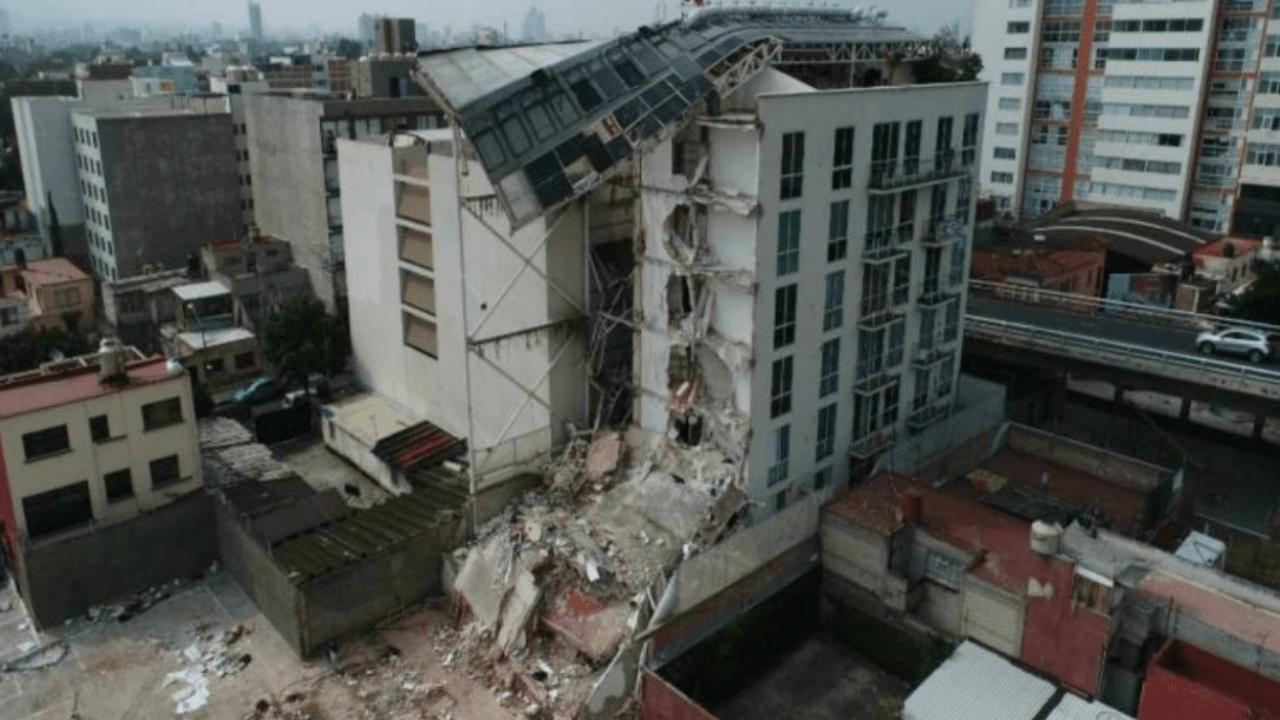 Edificio Zapata 56, dañado por el sismo del 19S