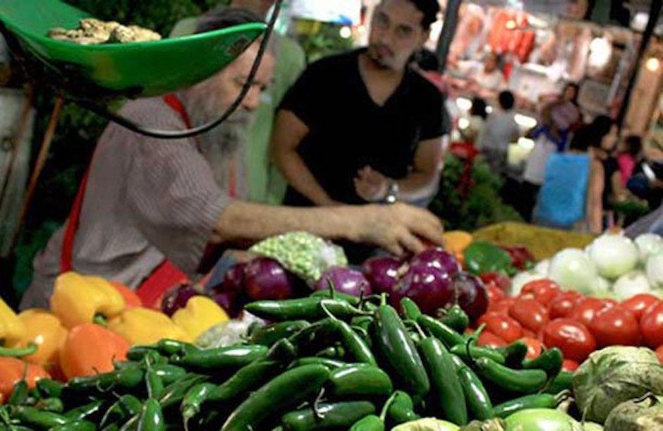 Mexicanos Consumen Mercados Tianguis Desconfianza Economía