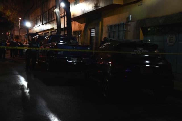 Motociclista asesina a disparos a una mujer en la Guerrero