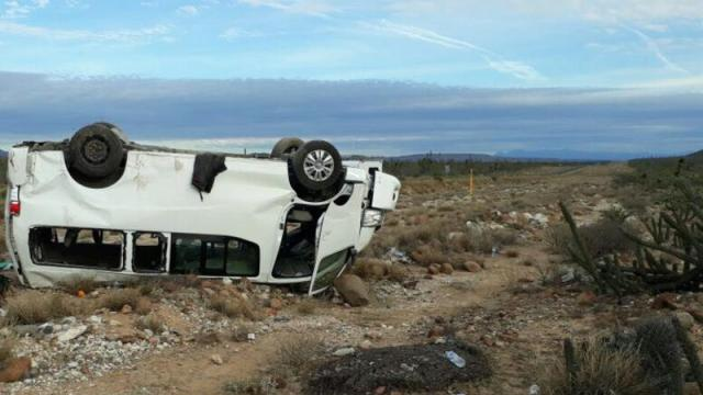 marichuy accidente volcadura camioneta california