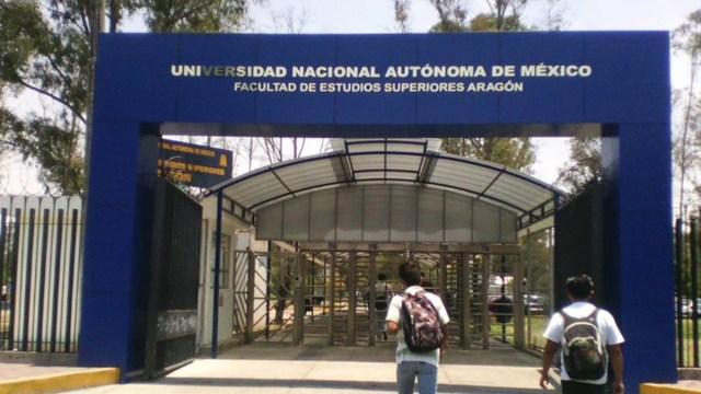 Estudiante FES Aragón muere atropellada; UNAM y familiares denuncian omisiones
