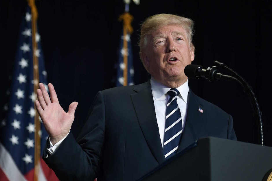 Donald Trump llama malcriado a México y amaga salida TLCAN