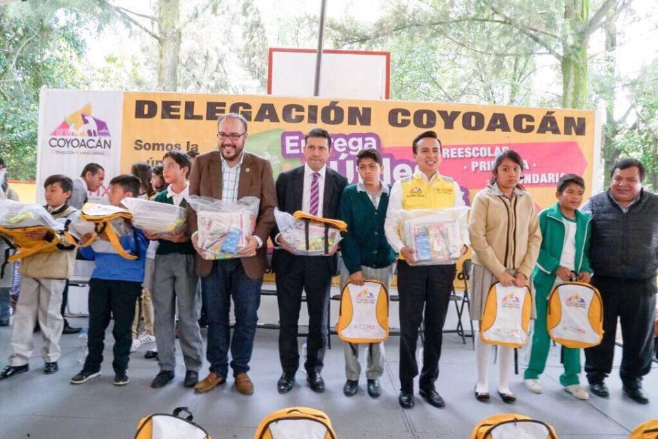 Delegación Coyoacán regalará útiles dañados por el granizo