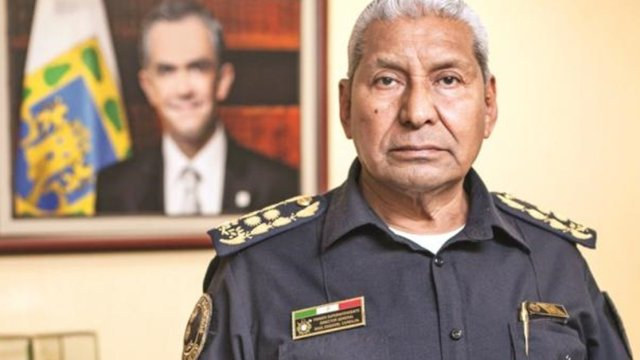 Jefe Vulcano deja dirección de bomberos de CDMX
