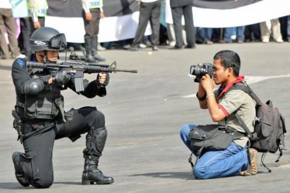 #NadaQueAplaudir: Artículo 19 muestra los datos de asesinatos de periodistas