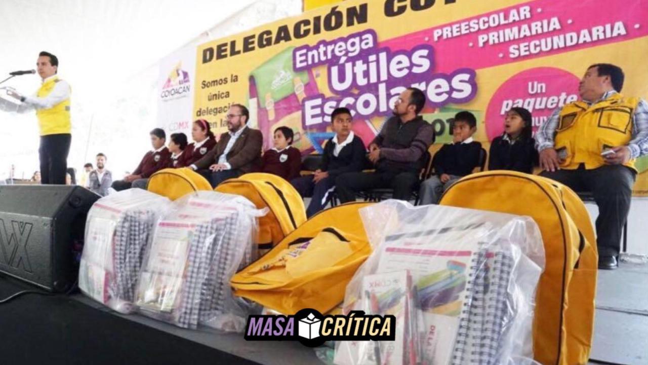 Delegados 'regalan' despensas y hasta tinacos en plena contienda electoral