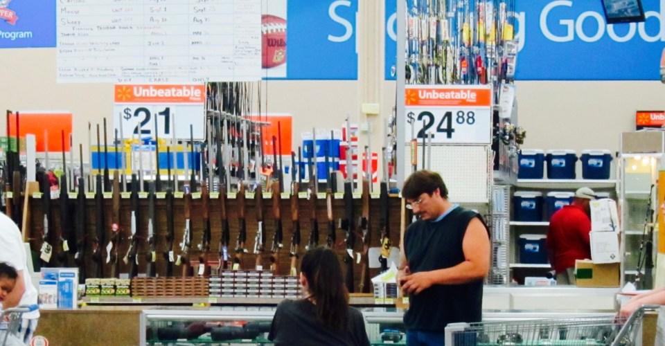 Wal Mart subirá venta de armas a mayores de 21