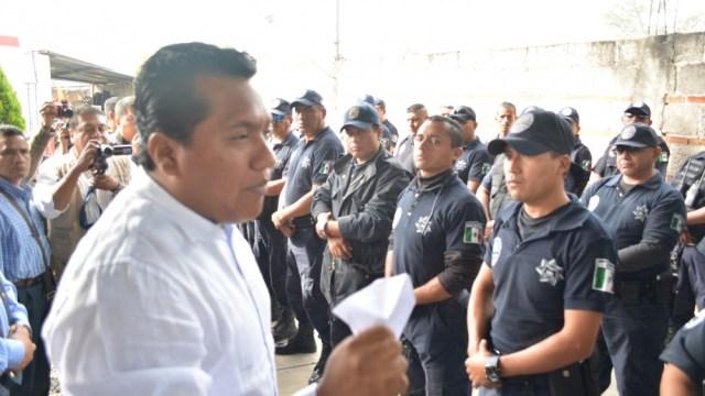 Detienen alcalde de Morelos junto con miembros del narco