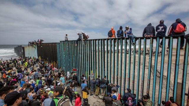 EEUU no revisará solicitudes de asilo de la Caravana Migrante