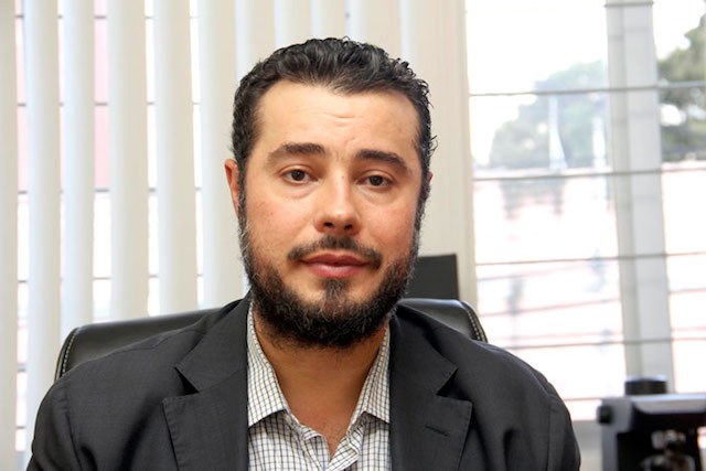 De Wallace acusa al Centro Prodh de tráfico de influencias y la ONU defiende a la ONG