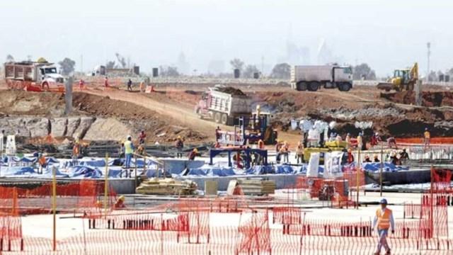 Transportistas de materiales para el NAIM están en paro
