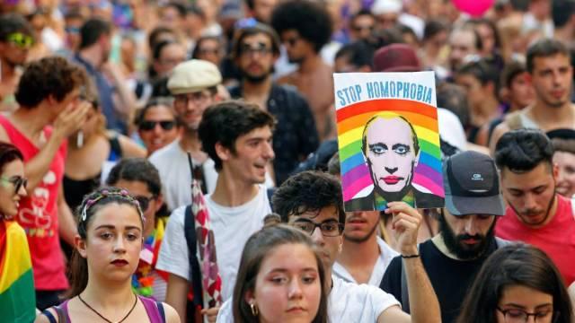 Ni FIFA ni Rusia garantizan integridad de comunidad LGBT+