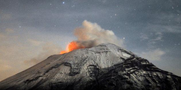 UNAM actualiza riesgos para Popo y el Volcán de Colima
