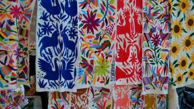 En Tenango presentan marca colectiva para defender artesanía