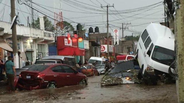 Inudaciones en el oriente de la CDMX dejan dos muertos