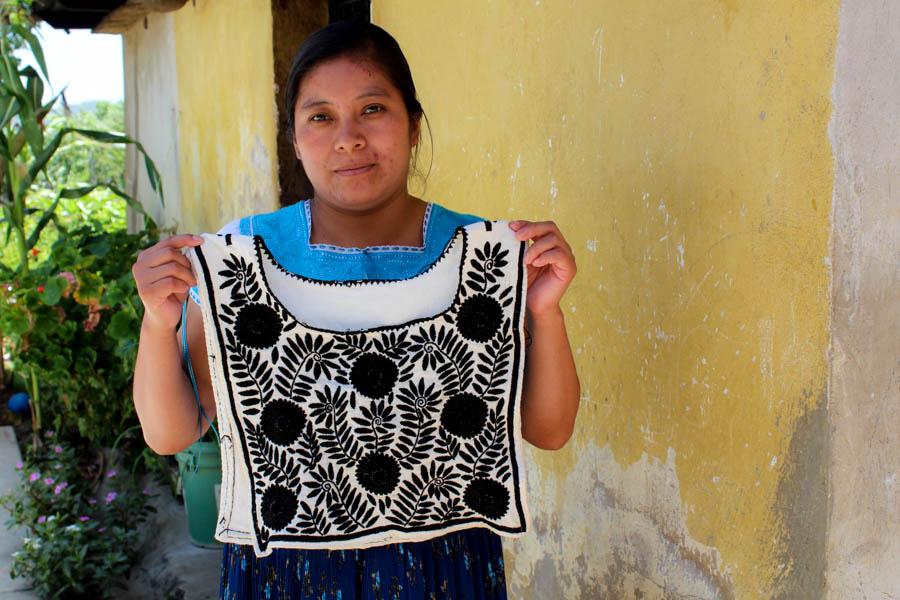 Bordadors originales de mujeres chiapanecas