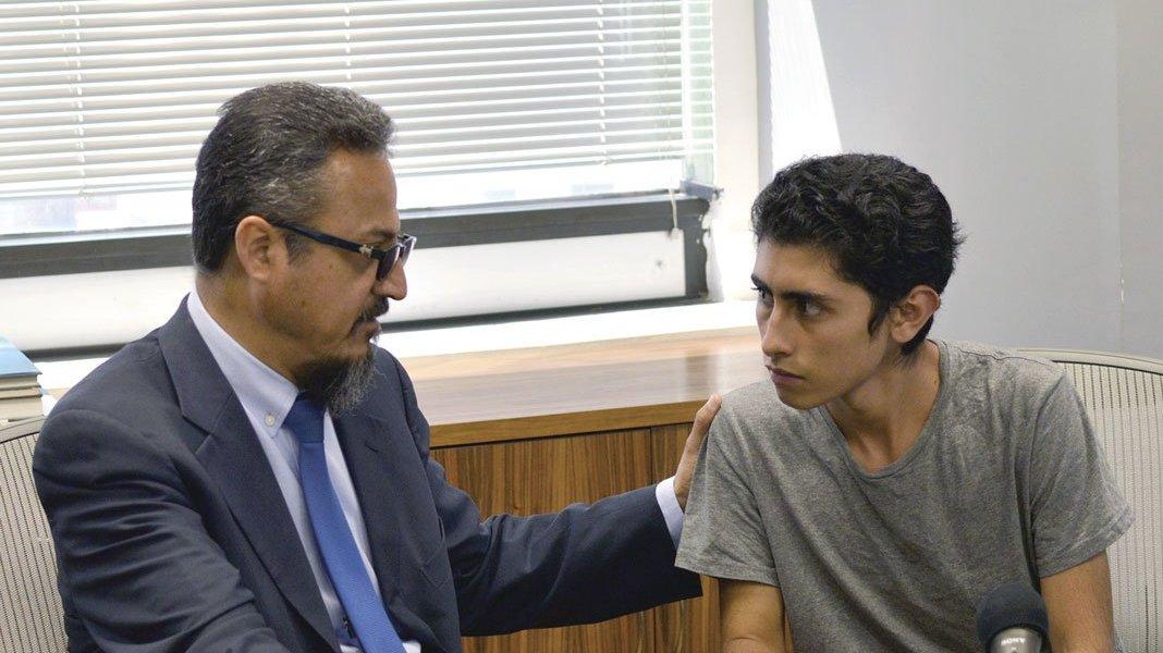 UNAM reintegra a alumno acusado de porro